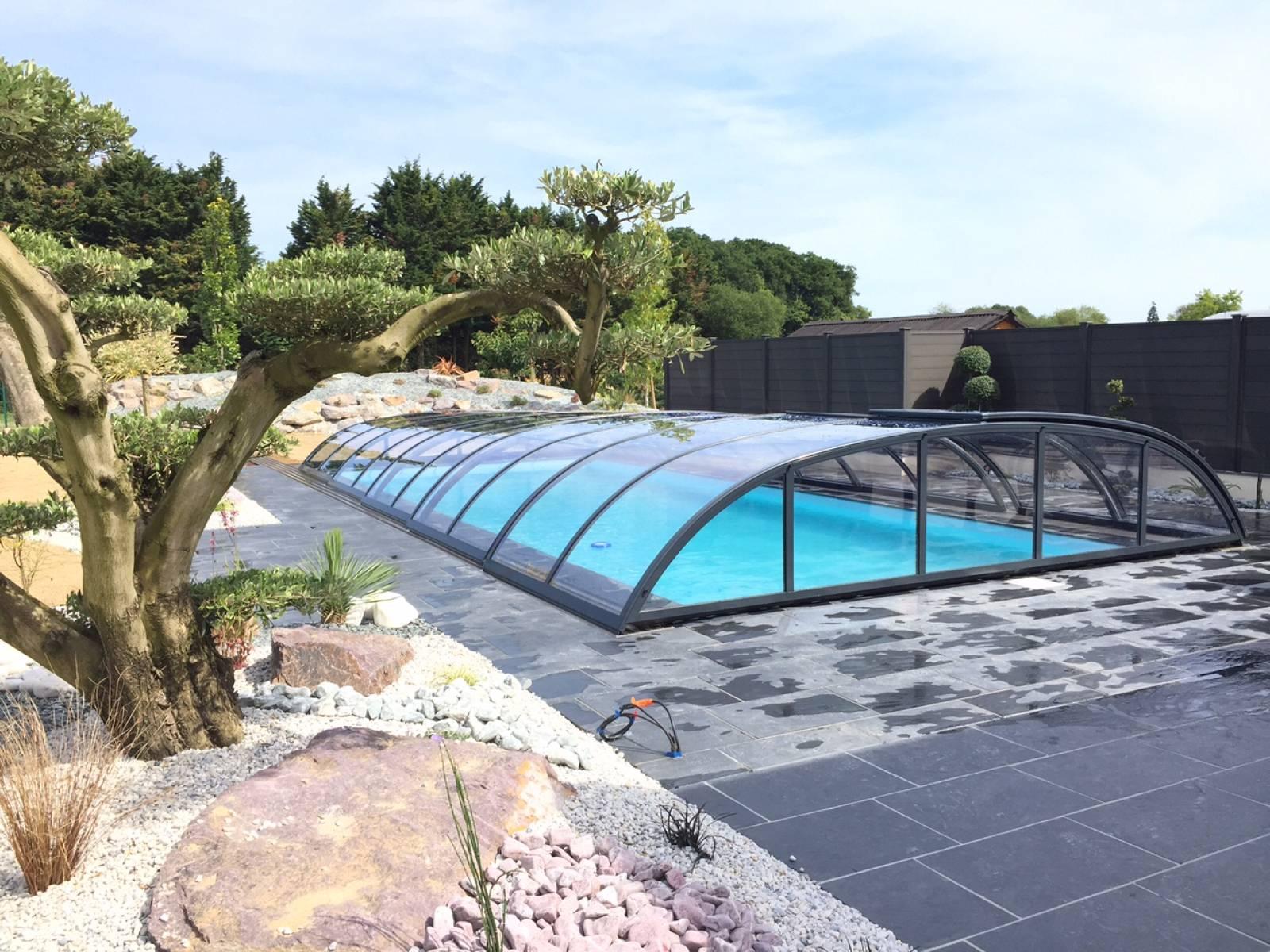 Materiel Piscine La Ciotat abri de piscine abrinoval - vente de matériel de piscine et
